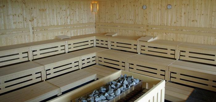 sauna, escándalos del Vaticano