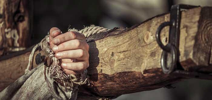 brazo, crucifixión