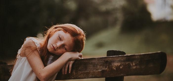 niña, dormir, 5 Ejercicios que mantendrán tu memoria a su máximo nivel
