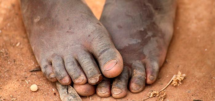 ir descalzo, pies descalzos, niños