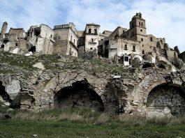 5 pueblos abandonados que te fascinarán