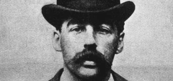 H.H. Holmes, primer asesino en serie documentado