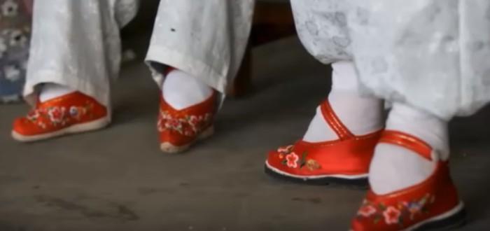 pies de loto, zapatos