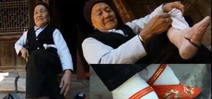 Mujer, china, pies de loto