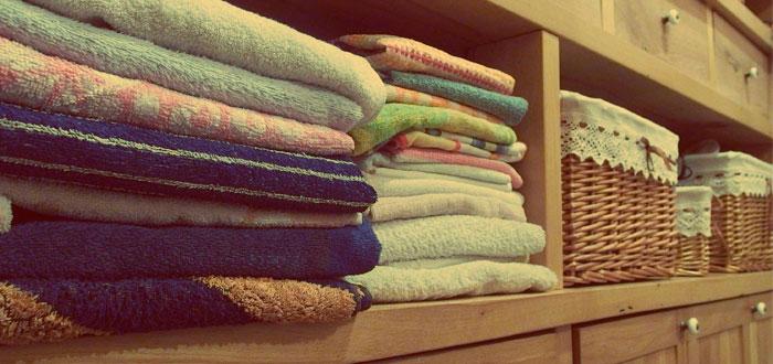 ¿Con qué frecuencia debes lavar las sábanas? La ciencia responde
