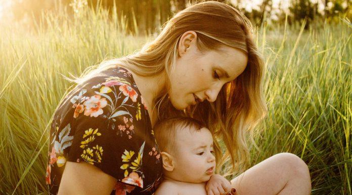 Fingir que puedes entender lo que dicen los bebés los hace más inteligentes