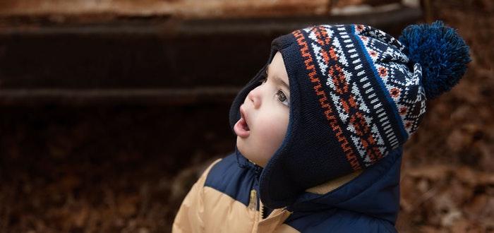 curiosidades de la vida, niños hablando solos