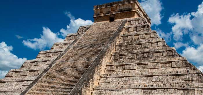 La enfermedad que pudo haber precipitado la desaparición del Imperio Azteca