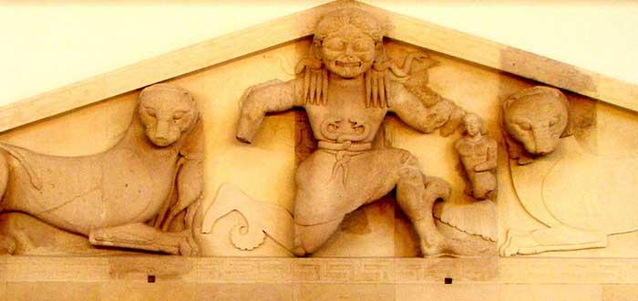 El mito de Medusa revisado. ¿Sabías que fue violada por Poseidón?, Perseo y Medusa, Gorgonas