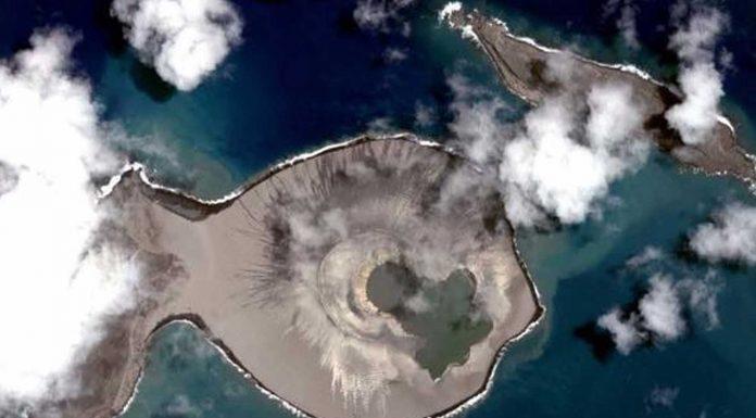 """Hunga Tonga, la isla """"bebé"""" que solo durará unos años"""
