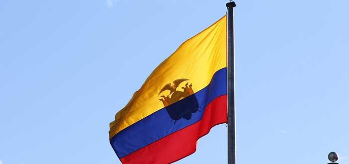 20 Curiosidades de Ecuador. El país con la capital a mayor altura, bandera de ecuador