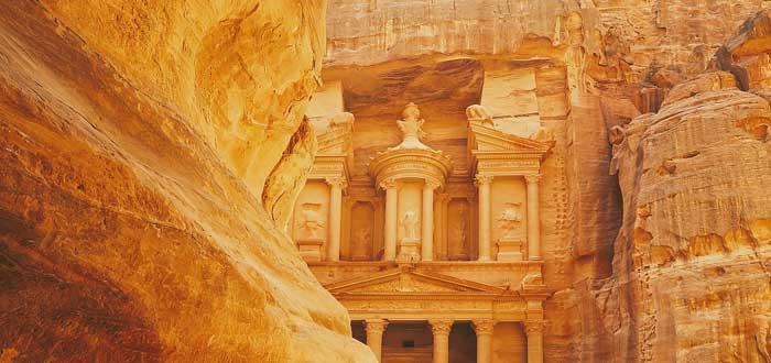 25 Curiosidades de Jordania, donde se unen tradición y modernidad, Petra en Jordania, costumbres de Jordania