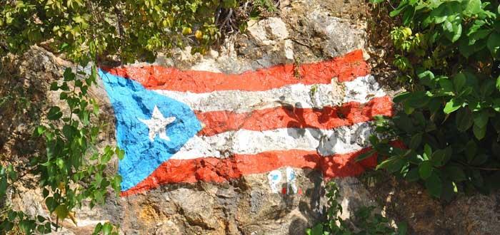 20 Curiosidades de Puerto Rico que quizás te sorprendan. ¿Lo sabías?, bandera de Puerto Rico