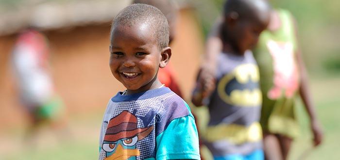 curiosidades de kenia, infancia