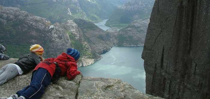 25 Curiosidades de Noruega. Un sorprendente país vikingo, fiordos noruegos