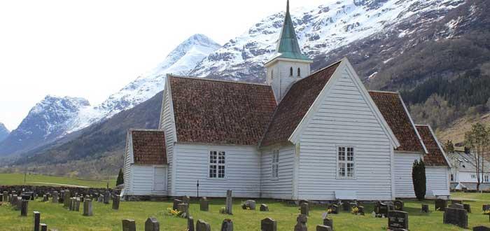 25 Curiosidades de Noruega. Un sorprendente país vikingo