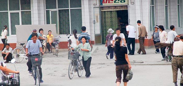 Curiosidades de Corea del Norte, ciudadanos norcoreanos