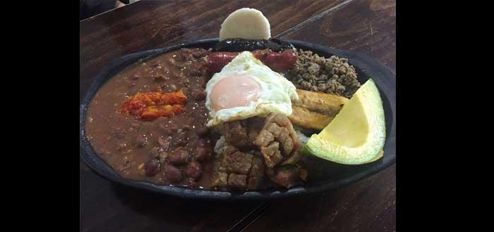 20 Datos Curiosos de Colombia. ¡Sorpréndente con ellos!, comida típica de Colombia
