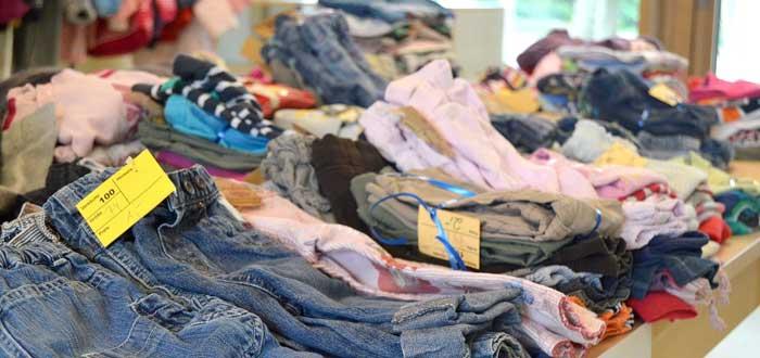 ¿Qué ocurre con la ropa que donamos? ¡Averígualo!
