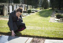 Cómo dar el pésame | 4 consejos para dar apoyo tras una muerte