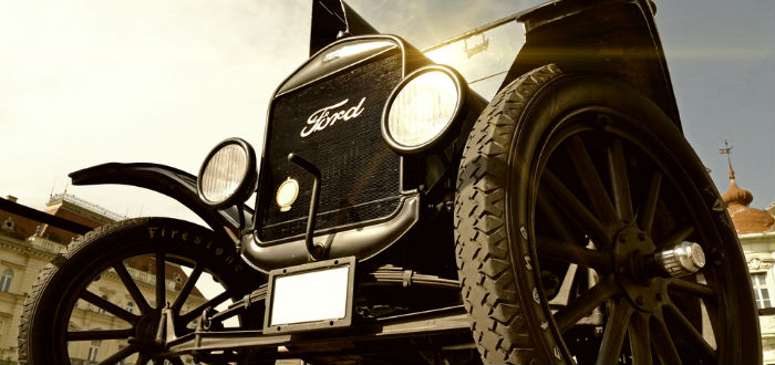 Aloha Wanderwell, Ford Modelo T