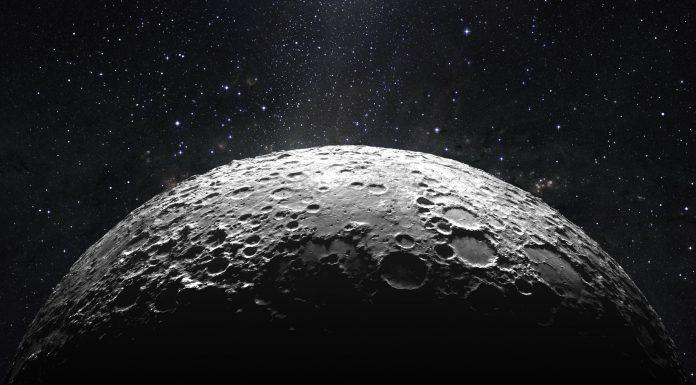 lunas tienen lunas