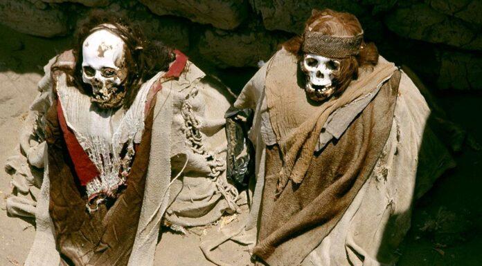 Cementerio de Chauchilla en Perú | Las terroríficas Momias al aire libre