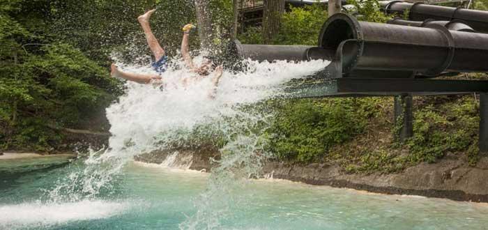 Action Park | El que fue el parque de atracciones más peligroso del mundo