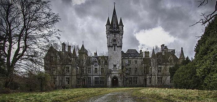 edificios abandonados, castillo miranda