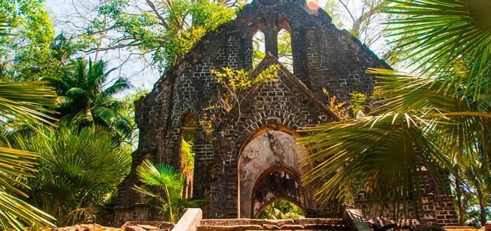 edificios abandonados, Islas Andamán, India