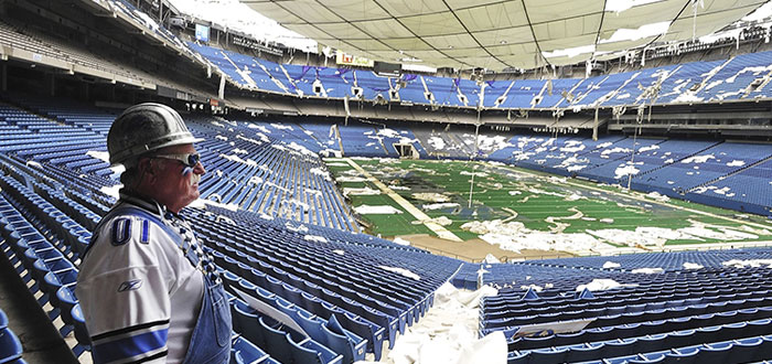 edificios abandonados, estadio