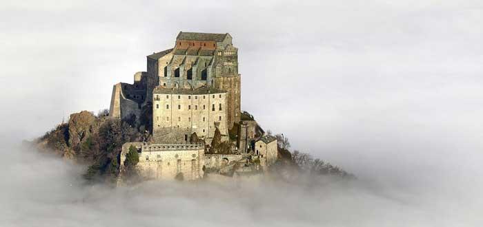 Línea de San Miguel | La misteriosa línea entre santuarios del mundo