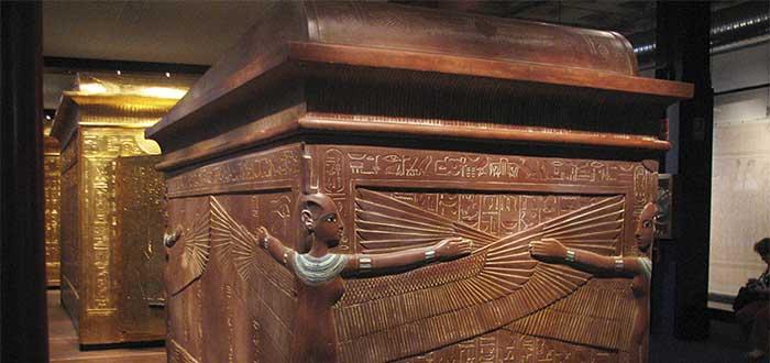 Quién fue Tutankamon | Historia y Curiosidades del Faraón