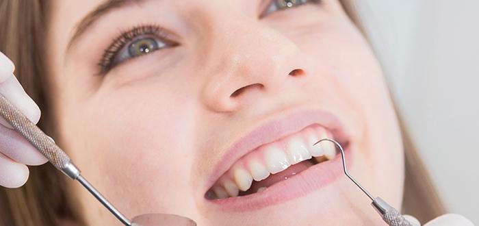 ¿Qué es la periodontitis?   Te contamos cómo prevenirla