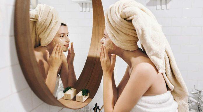Conoce las peligrosas consecuencias del dormir maquillada 1
