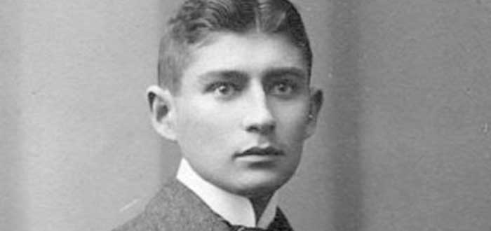 Quién fue Franz Kafka | Vida, Obras y Curiosidades