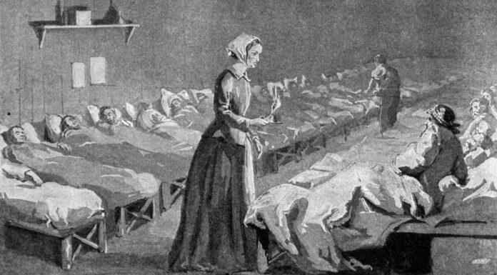 Quién fue Florence Nightingale | La Primera Enfermera de la Historia 1