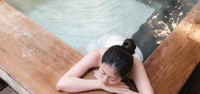 Tradiciones de japón. Baño japonés (público y privado)