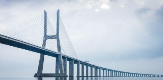 ¿Cuál es el Puente más largo del Mundo?   Descúbrelo