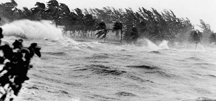 Nombres de Huracanes   Algunos nombres de huracanes famosos