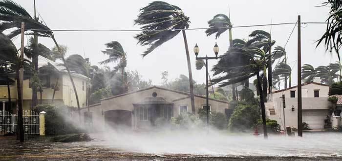 Nombres de Huracanes   ¿Por qué es necesario el nombre de los huracanes?