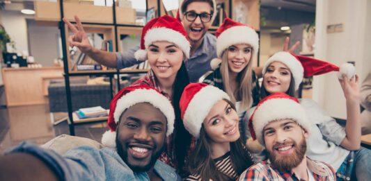 ¿Cómo celebrar la Navidad en la oficina?