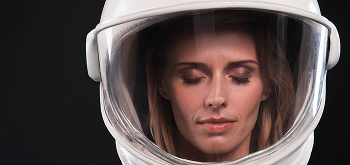 Cómo duermen los astronautas en el espacio 1