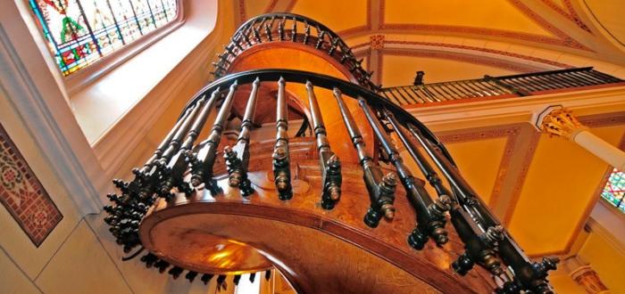 La Escalera de Santa Fe, la leyenda de un milagro