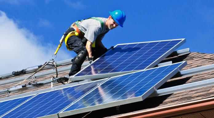 Energía limpia con placas solares