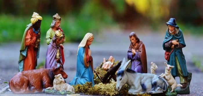 Papá Noel y los Reyes Magos Belén