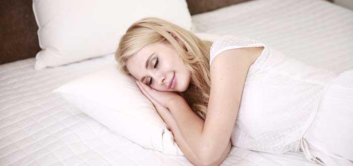 beneficios postura durante el sueño