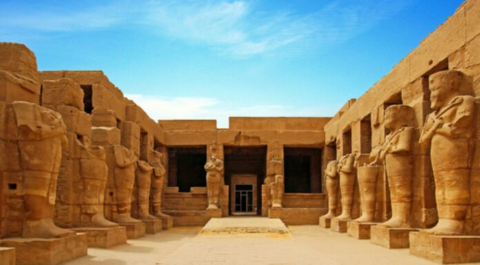 Sacerdotes del Antiguo Egipto | Funciones, características, y más