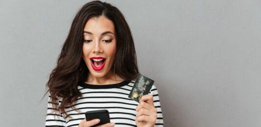¿Cuántos intereses pagas por tu tarjeta de crédito?