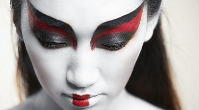 Shironuri, La tribu japonesa de rostros blancos